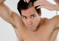 10% ПОПУСТ на Револуционерен Италјански Шампон против опаѓање и стимулирање на раст на коса. Во периодот кога сите имаме проблем со непрестано паѓање на косата.