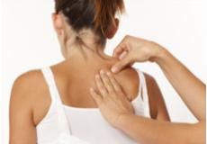 50% ПОПУСТ на Bowen-ова терапија со така наречените Бовнови потези, кои терапевтите ги изведуваат на специфични локации на мускулите, тетивите, фасциите и индиректно на нервите. Студио за масажа, мануелна терапија и едукација Алтернатива.