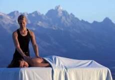 53% ПОПУСТ на комплетна медицинска масажа на цело тело во вредност од 800 денари по цена од  375 денари во центар за превенција и дијагностика Халомедика.