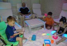 83% ПОПУСТ Солена соба Халомедика пакет 4 третмани за возрасни, 1 третман во траење од 40 минути, за деца дo 6 години третманот е во траење од 20 минути, НАПОМЕНА: за посета на родител со дете потребно е само еден купон.